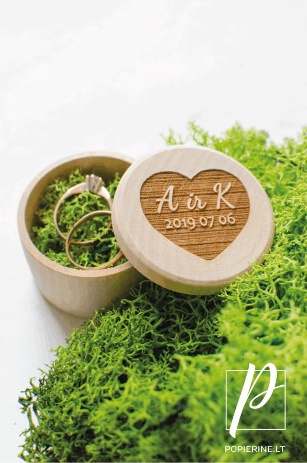 žiedų dėžutė medinė apvali
